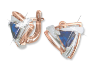 Earrings with sapphire